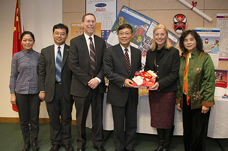 Campus leaders welcomed Ambassador Jian Liu