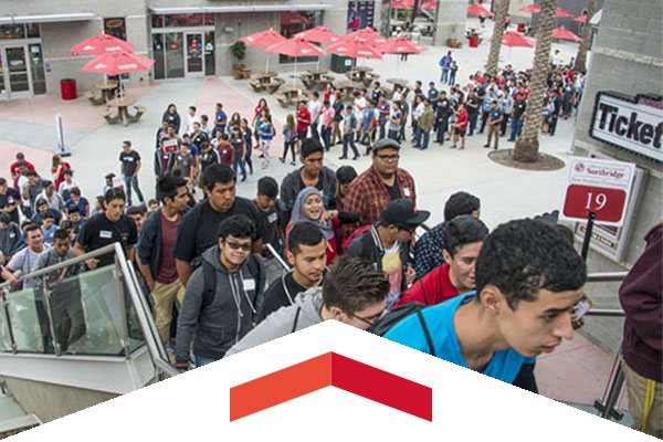 New CSUN Students Touring the Campus